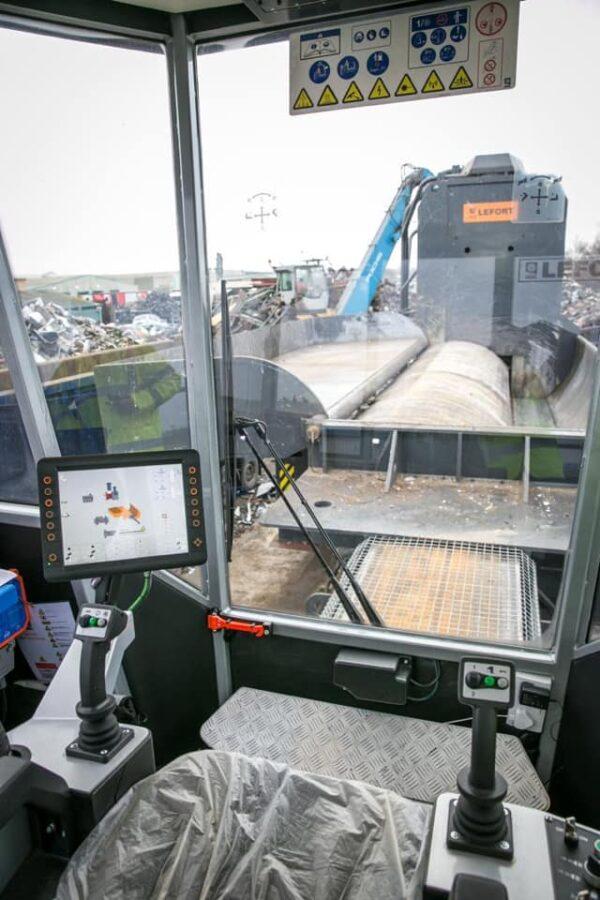 Lefort Koloss 1000TS fémtömörítő gép